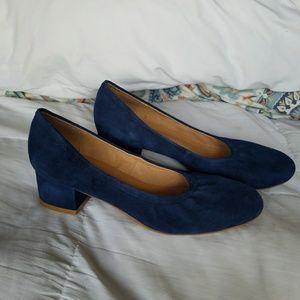 Nwot Jeffrey Campbell bitsie blue suede heels